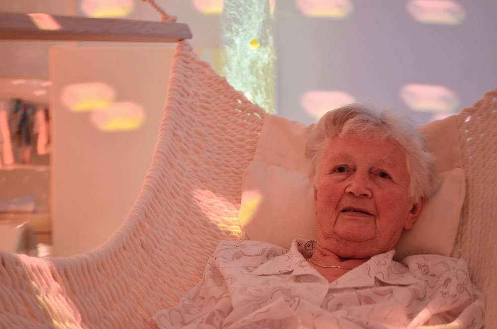 Senioren Snoezelraum Hängesessel